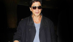 Shah Rukh Khan snapped leaving for Dubai - Pictures