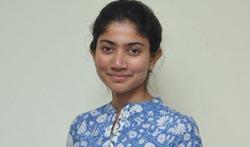 Sai Pallavi Fidaa Promotions - Pictures