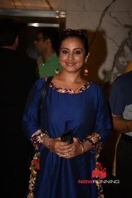 Picture 4 of Divya Dutta