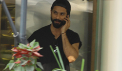 Shahid Kapoor snapped at The Kitchen Garden in Bandra - Pictures