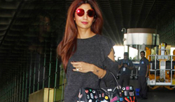 Shilpa Shetty snapped at the airport - Pictures