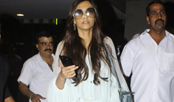 Sonam, Harshvardhan and Rhea Kapoor arrive back from family wedding in Middle East - Pictures