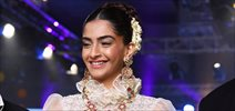 Sonam Kapoor walks for Abu Jani & Sandeep Khosla at Shadee By Marriott showcase