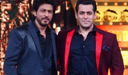 Shah Rukh Khan promotes 'Raees' on the sets of Salman Khan's 'Bigg Boss 10' - Pictures