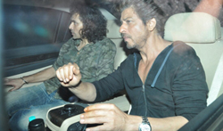 Shah Rukh Khan and Imtiaz Ali snapped on the sets of The Ring - Pictures
