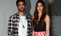 Sushant Singh Rajput and Kriti Sanon snapped at Raabta's promotions - Pictures