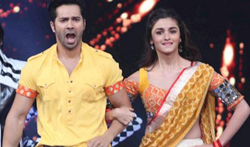 Bollywood celebs perform for a cause at 'Umang' police show - Pictures