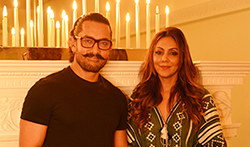 Aamir Khan visits Gauri Khan's new design store - Pictures
