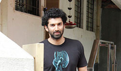 Aditya Roy Kapur snapped post meeting at Matrix office - Pictures