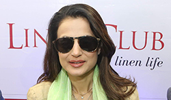 Ameesha Patel graces the launch of the 151st Linen Club store in Jalandhar - Pictures