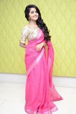 Picture 1 of Anupama Parameswaran