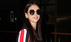 Aditi Rao Hydari snapped at the airport - Pictures