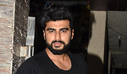 Arjun Kapoor and Shraddha Kapoor snapped at their film 'Half Girlfriend's bash - Pictures