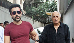 Emraan Hashmi and Mahesh Bhatt snapped post meeting at Vishesh Films office - Pictures