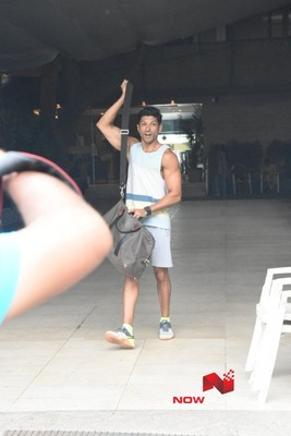 Picture 2 of Farhan Akhtar