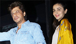 Imtiaz Ali's birthday bash at Korner House with Shahrukh, Ranbir, Alia and Deepika - Pictures