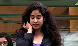 Jhanvi Kapoor and Fatima Sana Shaikh snapped at The Kitchen Garden - Pictures