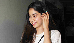 Jhanvi Kapoor and Ishaan Khattar snapped at the special screening of Baby Driver - Pictures