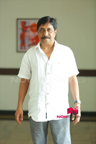 Picture 2 of Sreenivasan
