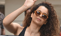 Kangana Ranaut snapped at dance rehearsals - Pictures