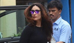 Kareena Kapoor Khan snapped at her gym - Pictures