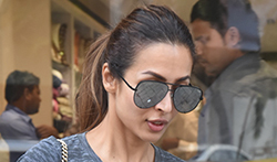Malaika Arora snapped shopping in bandra - Pictures