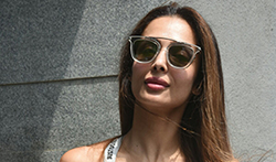 Malaika Arora snapped post salon session in Bandra - Pictures