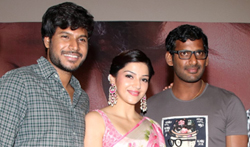 Nenjil Thunivirunthal Trailer Launch - Pictures