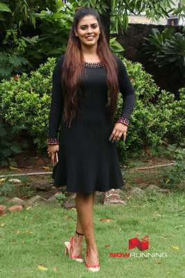Iniya Pictures