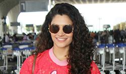 Saiyami Kher Kriti Sanon and Ameesha Patel snapped at the airport - Pictures