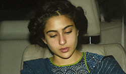 Sara Ali Khan snapped post salon session in Juhu - Pictures
