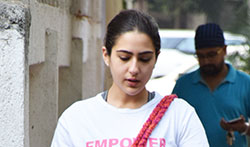 Sara Ali Khan snapped post her Dance Rehearsals in Suburbs - Pictures