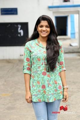 Picture 1 of Aparna Balamurali