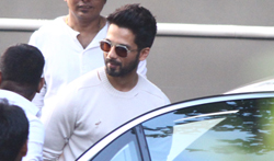 Shahid Kapoor snapped at Filmcity for Padmavati promotions - Pictures