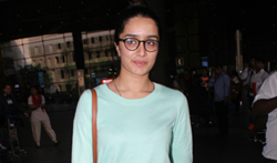 Shraddha Kapoor at the airport - Pictures
