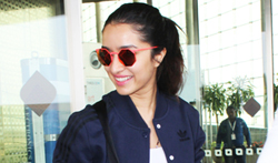 Shraddha Kapoor snapped at the airport - Pictures