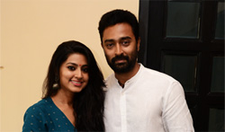Prasanna and Sneha provided 2 Lakhs financial assistance to TN Farmers - Pictures