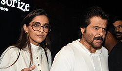 Sonam Kapoor and Anil Kapoor snapped post dinner at Bastian Bandra - Pictures