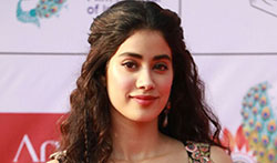 Sridevi and Janhvi Kapoor at IFFI 2017 - Pictures