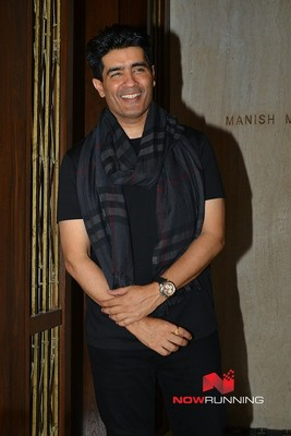 Arrive at Manish Malhotra house for Sridevis birth...