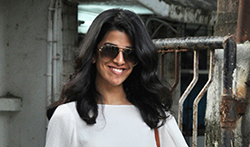 Nimrat Kaur and Sussanne Roshan snapped post salon session at Kromakay - Pictures