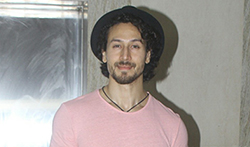 Tiger Shroff, Disha Patani and Nidhhi Agerwal snapped at Munna Michael screening - Pictures