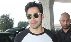 Varun Dhawan snapped at the airport - Pictures