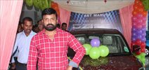 Actor Vignesh Inaugurate Maaruthi car at Guindy
