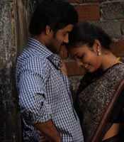 Nalanum Nandhiniyum Movie Wallpapers