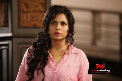 Picture 1 of Asha Sarath