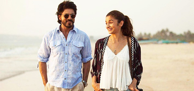 Shah Rukh Khan & Alia Bhatt in 'Dear Zindagi' - Movie Stills