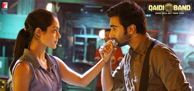 Aadar Jain & Anya Singh in 'Qaidi Band' - Pictures