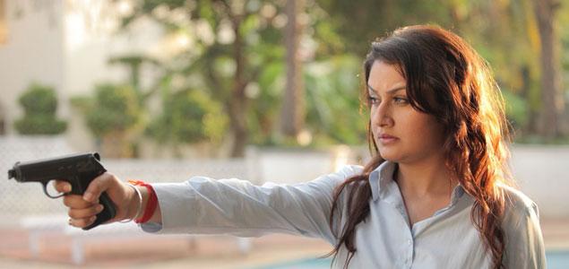 Sonia Agarwal in 'Yevanavan' - Stills