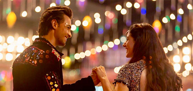 Aayush Sharma and Warina Hussain in Salman Khan's forthcoming film Loveratri - Pictures